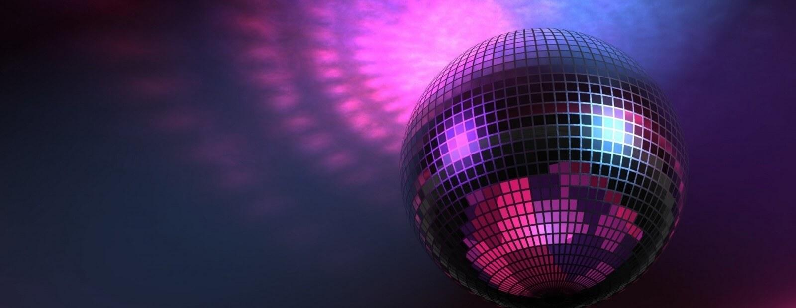 Los Lirios Nightclub