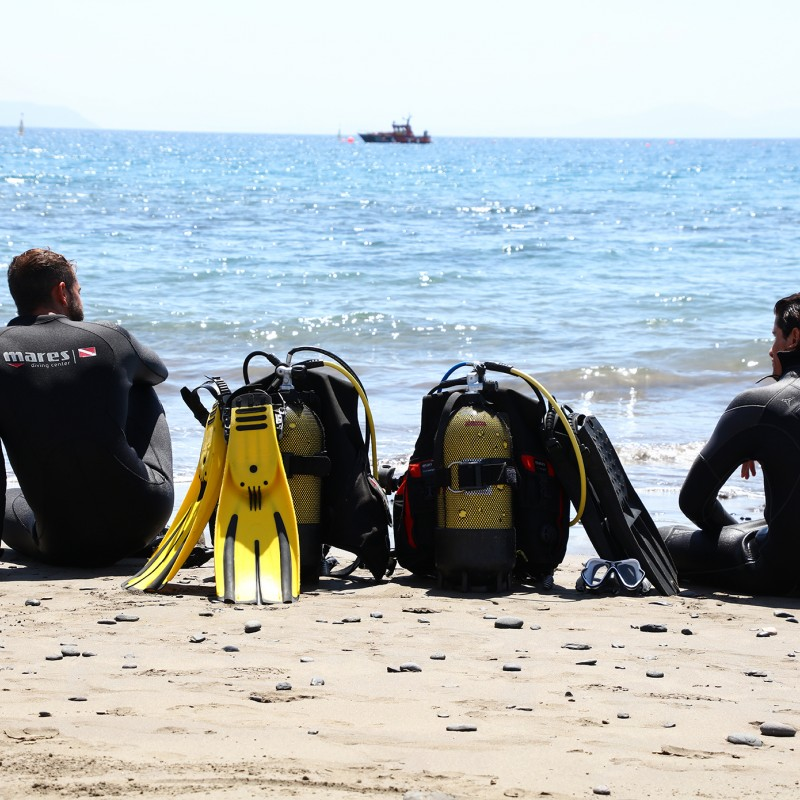 Group of divers in Sandos El Greco